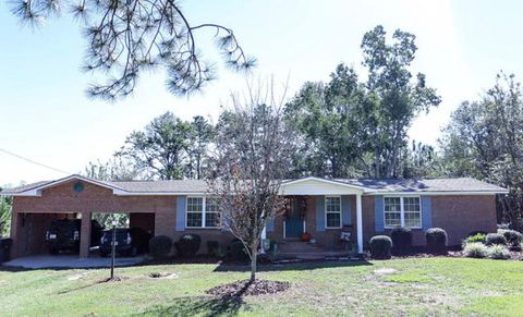 Photo of 1256 Osteen Branch Rd, Jesup, GA 31545