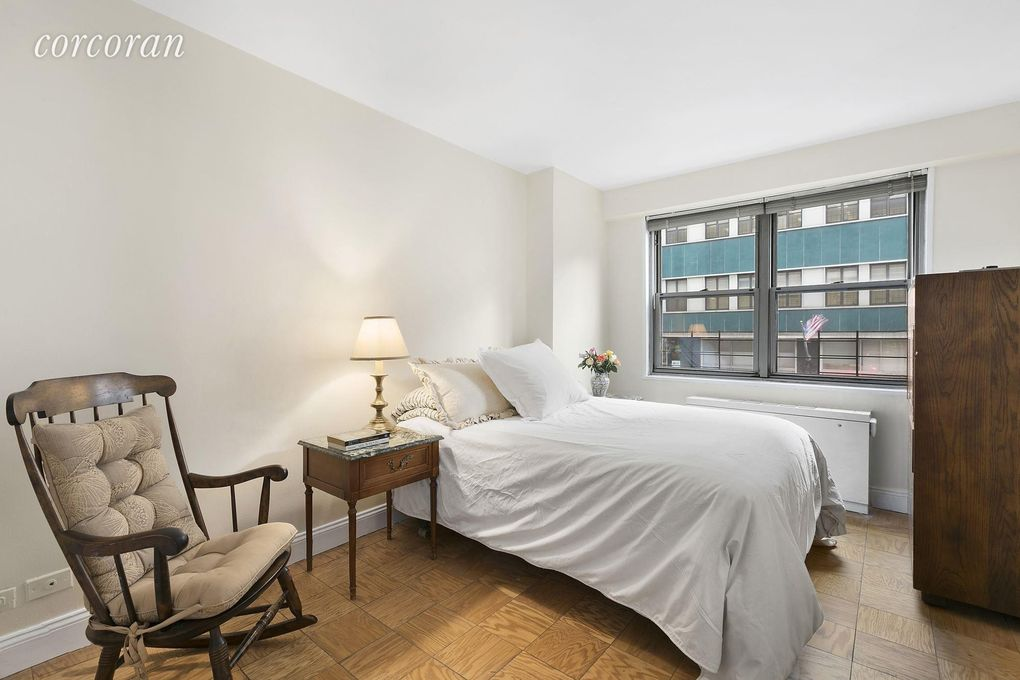 10 10 bedroom design for 10x10 bedroom design