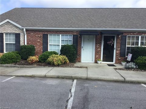 Photo of 570 Piney Grove Rd, Kernersville, NC 27284