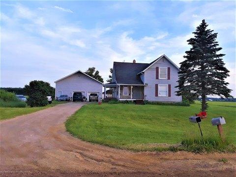 3182 Mahan Hwy, Eaton Rapids, MI 48827