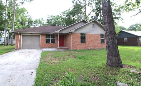 134 Kevin Dr, Hinesville, GA 31313