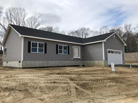 Photo of 26 Lucille Ln, Fall River, MA 02720
