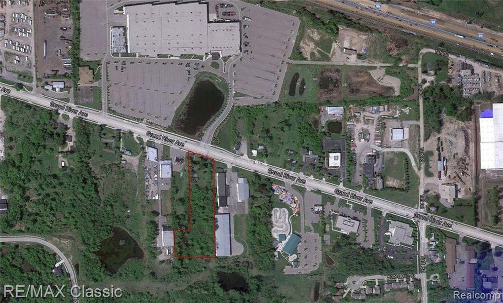 46045 Grand River Ave, Novi, MI 48374
