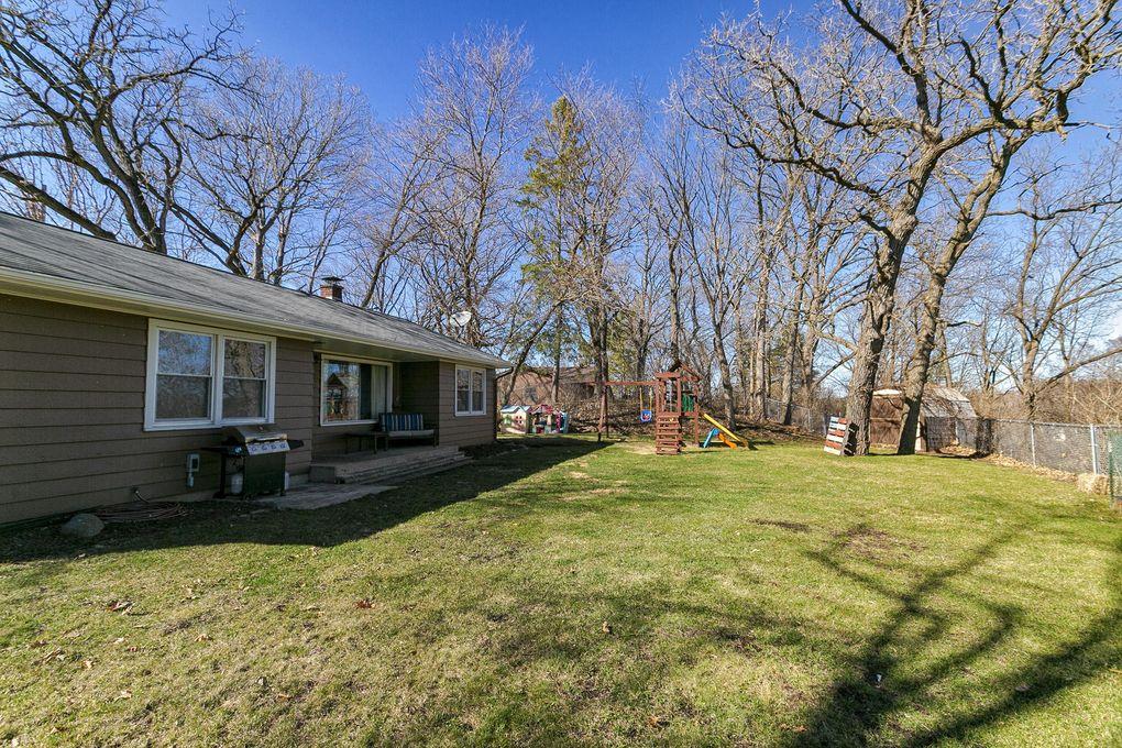 500 Cedar St, Mukwonago, WI 53149