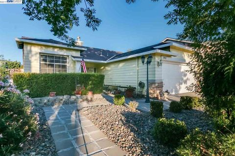 California Voyage, Ceres, CA Real Estate & Homes for Sale