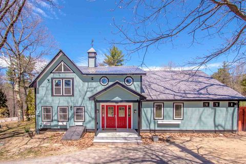 Photo of 1218 E Conway Rd, Conway, NH 03813