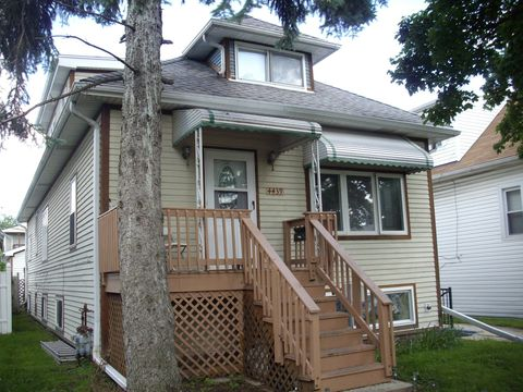 Photo of 4439 N Merrimac Ave, Chicago, IL 60630