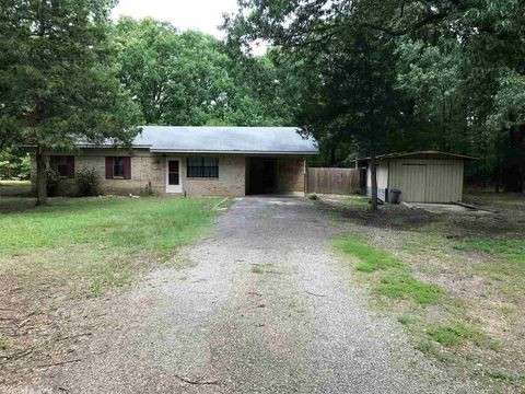 Photo of 20 Lovewell Ln, Conway, AR 72032