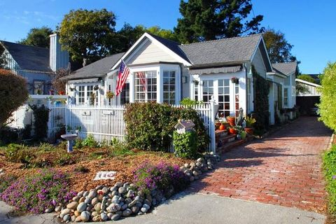 Photo of 110 Grand Ave, Capitola, CA 95010