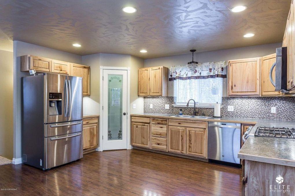 6375 W Hollywood Rd, Wasilla, AK 99623