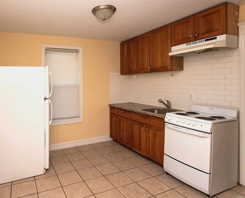 Photo of 261-10 86th Ave Unit 2 Nd, Floral Park, NY 11001