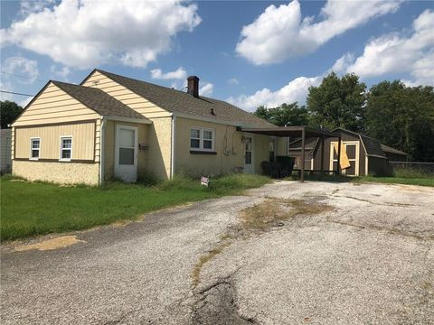 Photo of 2354 Terrace Ave, Indianapolis, IN 46203