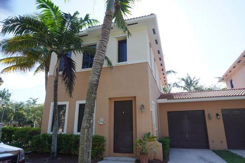 Photo of 2516 Venetian Ct, Boynton Beach, FL 33426
