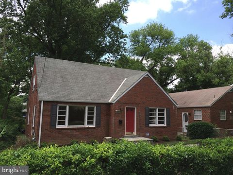 Photo of 4803 Delaware St, College Park, MD 20740