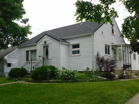 726 Gillette Ave, Cresco, IA 52136