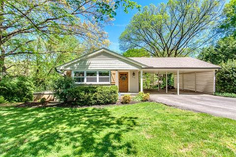 Photo of 310 Sw Kingston Ct, Knoxville, TN 37919