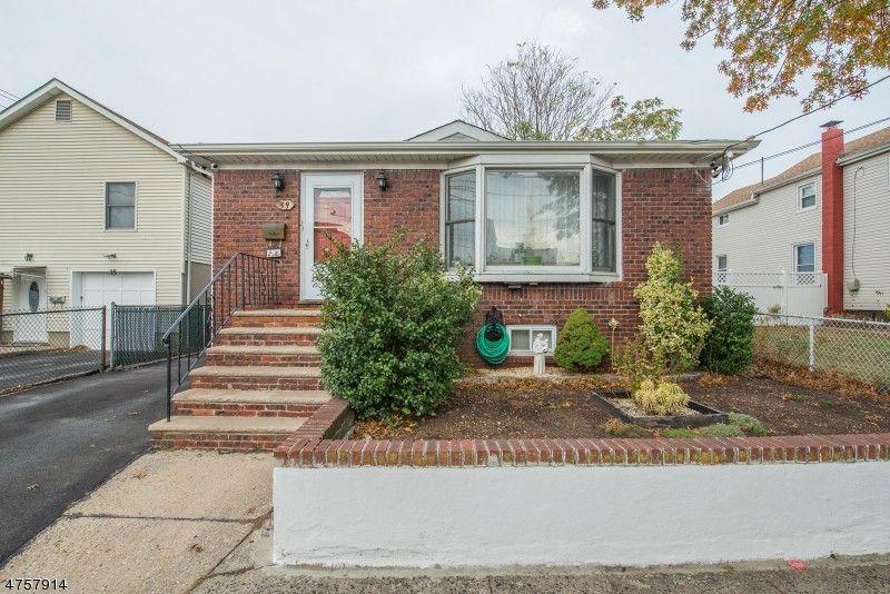 39 Eugene Pl, Belleville, NJ 07109
