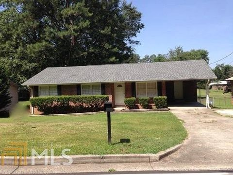Photo of 211 Williamson Mill Rd, Jonesboro, GA 30236
