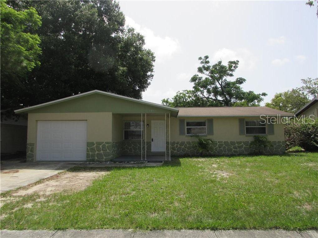1411 Coppertree Dr Tarpon Springs, FL 34689