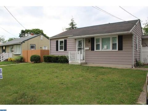 413 8th Ave, Lindenwold, NJ 08021