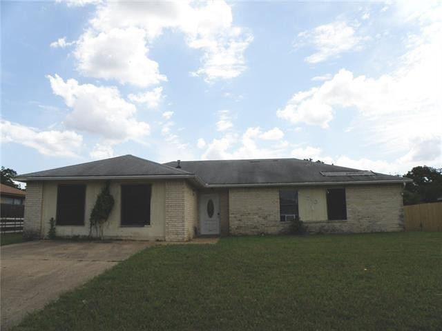 710 N Cedar Ridge Dr, Duncanville, TX 75116