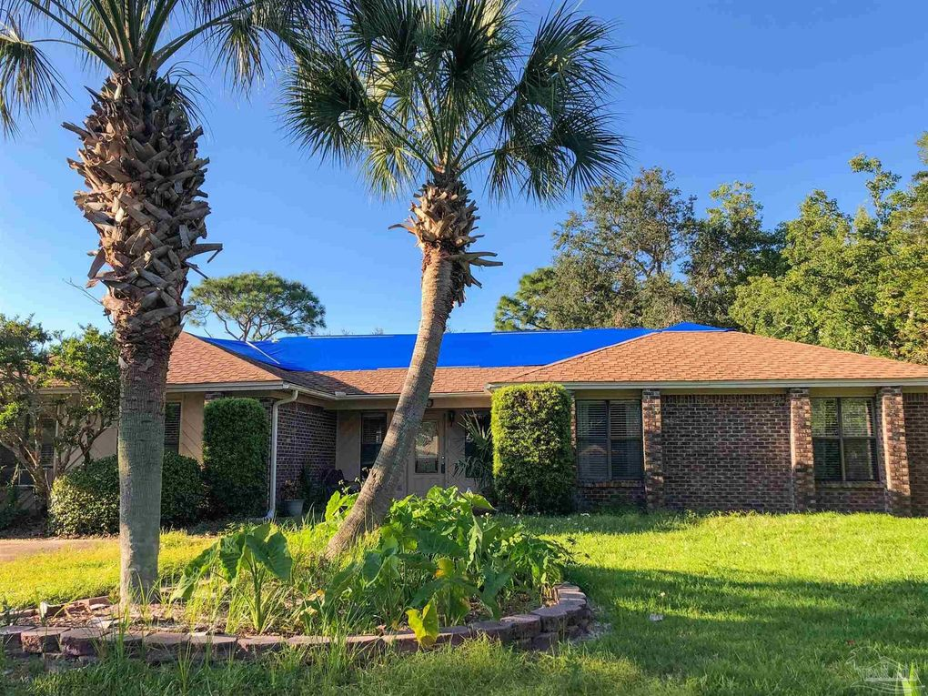 3350 Maplewood Dr Gulf Breeze, FL 32563