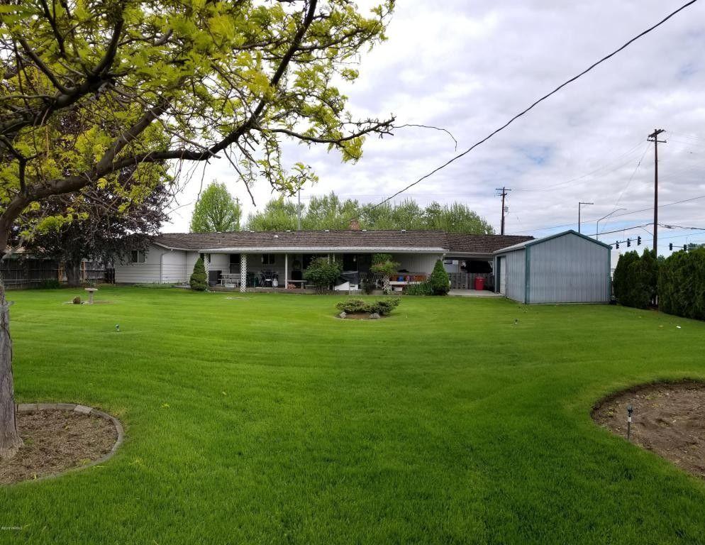 1105 S 72nd Ave, Yakima, WA 98908