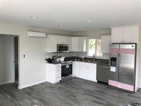 Photo of 6337 Malcolm Dr, San Diego, CA 92115