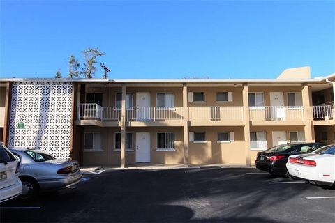Photo of 3001 Bee Ridge Rd Apt 222, Sarasota, FL 34239