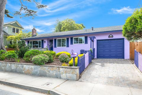 Photo of 306 Walnut St, Pacific Grove, CA 93950