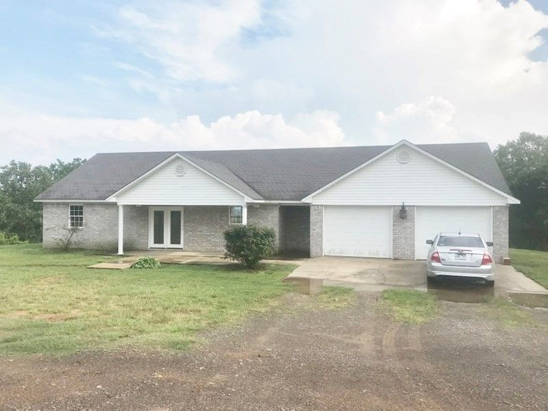 509 County Road 3452 Clarksville, AR 72830