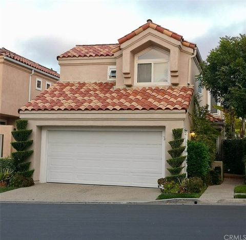 Photo of 48 Cormorant Cir, Newport Beach, CA 92660