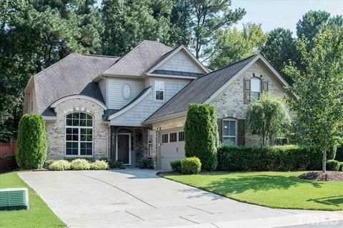 7812 Berry Crest Ave, Raleigh, NC 27617