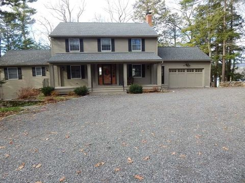 165 Sharon Rd, Lakeville, CT 06039