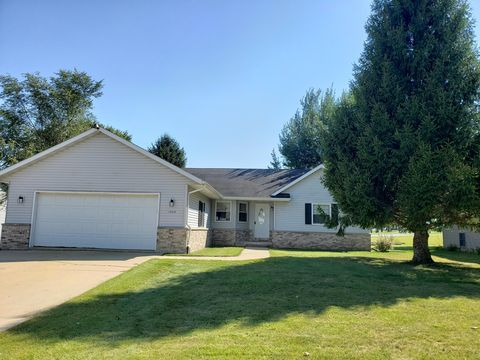 Strange 1343 Colonial Dr Watertown Wi 53098 Beutiful Home Inspiration Ommitmahrainfo