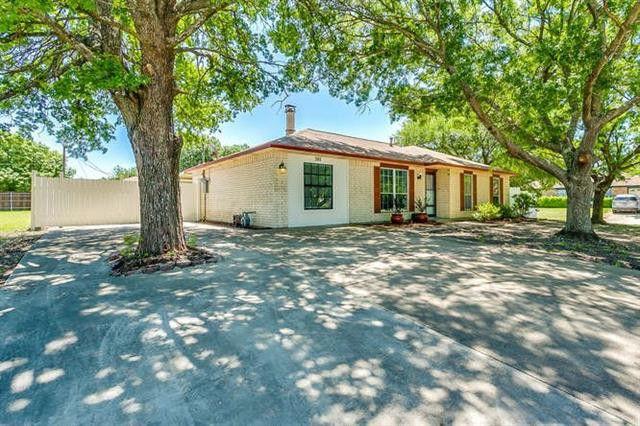 203 Sierra Ct, Glenn Heights, TX 75154