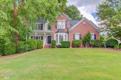 Photo of 5615 Snowberry Dr, Sugar Hill, GA 30518