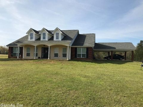 Photo of 607 County Road 3552, Queen City, TX 75572