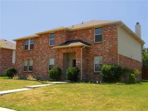 Photo of 3005 Double Oak Dr, Rockwall, TX 75032