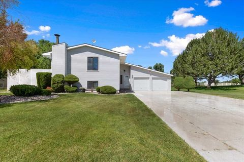 658 Bluebell Ln, Paul, ID 83347