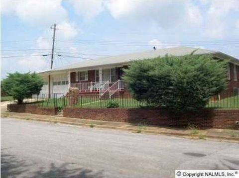Photo of 2416 Moore Ave Nw, Huntsville, AL 35816