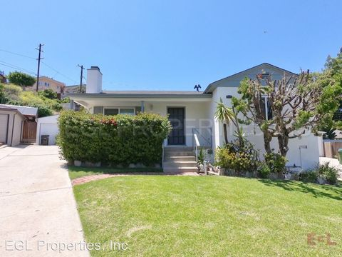Photo of 12025 Rose Ave, Los Angeles, CA 90066
