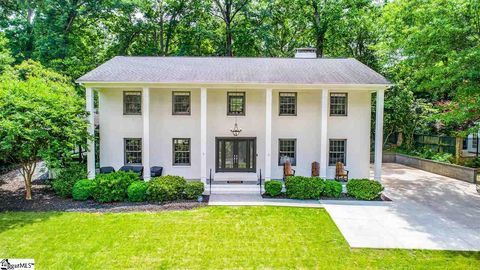 Photo of 24 Dogwood Ln, Greenville, SC 29607
