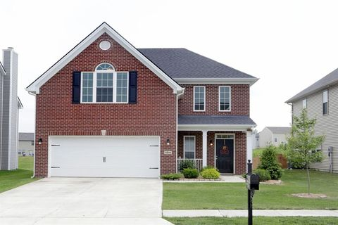 Photo of 104 Falmouth Ridge Ct, Georgetown, KY 40324