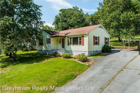Photo of 3709 Oakland Ter, Chattanooga, TN 37415
