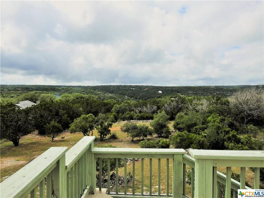 1622 Moon View Dr, New Braunfels, TX 78132