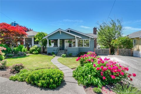 Photo of 3241 60th Ave Sw, Seattle, WA 98116