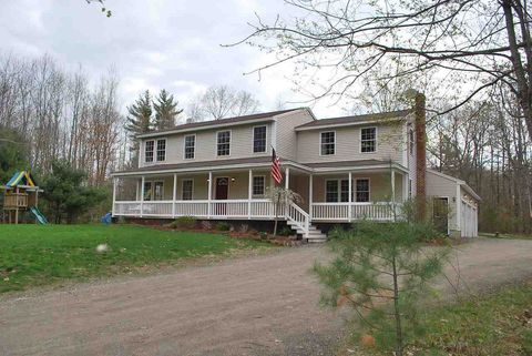 Photo of 38 Guinea Rd, Berwick, ME 03901