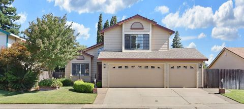 Photo of 9051 Grouse Meadow Dr, Elk Grove, CA 95624