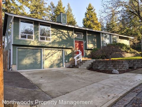 Photo of 423 Cascade Dr, Springfield, OR 97478
